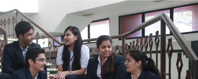 colleges in mumbai for management studies