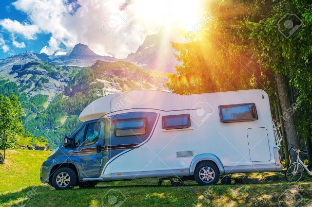 Caravan Road Trip